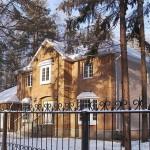 Загородный коттедж из кирпича финский
